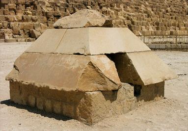 Ikaris pyramides d'égypte